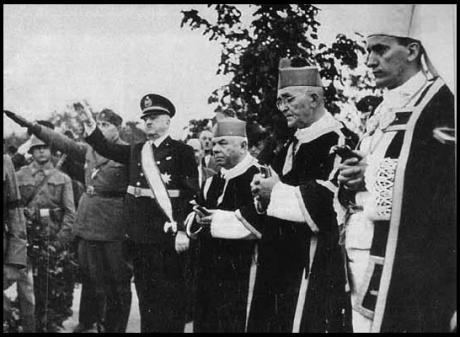"""""""Preotii"""" Cardinalului criminal de razboi Stepinac """"binecuvantand"""" trupele lui Ante Pavelic"""