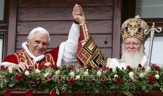 Papa Benedict si Patriarhul eretic Bartolomeu